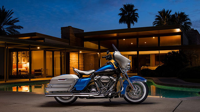 2021 Harley-Davidson Electra Glide Revival at night